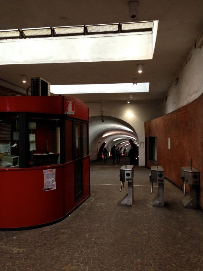 Hilarious metro stop in Napoli